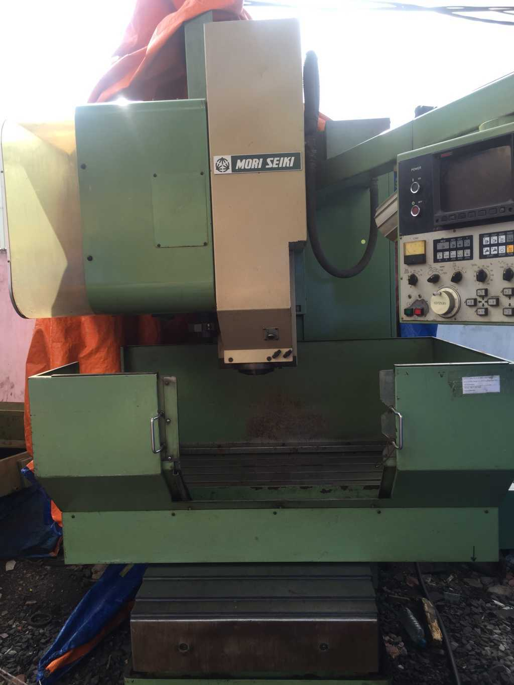 Phay CNC MORI SEIKI MV-Junior